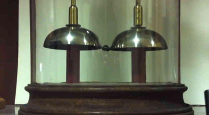 Bekannt Batterie lässt Oxford Electric Bell seit 175 Jahren klingeln RN12