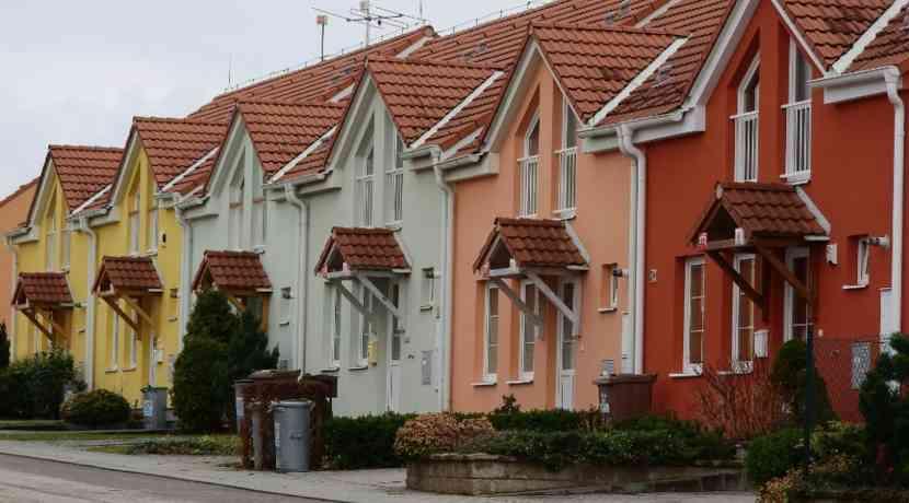 H-user-und-Wohnungen-werden-bis-2030-nochmals-deutlich-teurer