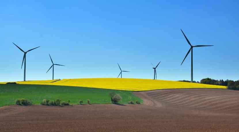 Strom-Mehr-als-die-H-lfte-stammt-aus-erneuerbaren-Energien